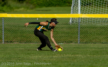 7895_Softball_v_Casc-Chr_Seniors_Night_2016_051216