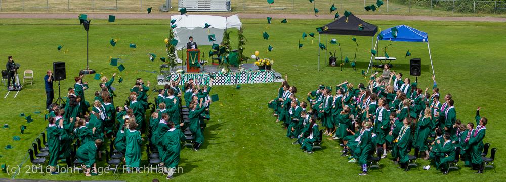 vihs-graduation-2016-pano-1