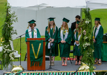 19357_Vashon_Island_High_School_Graduation_2016_061816