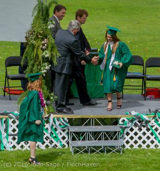 19920_Vashon_Island_High_School_Graduation_2016_061816