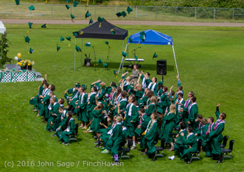 20178_Vashon_Island_High_School_Graduation_2016_061816