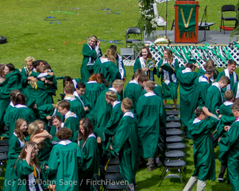 20240_Vashon_Island_High_School_Graduation_2016_061816