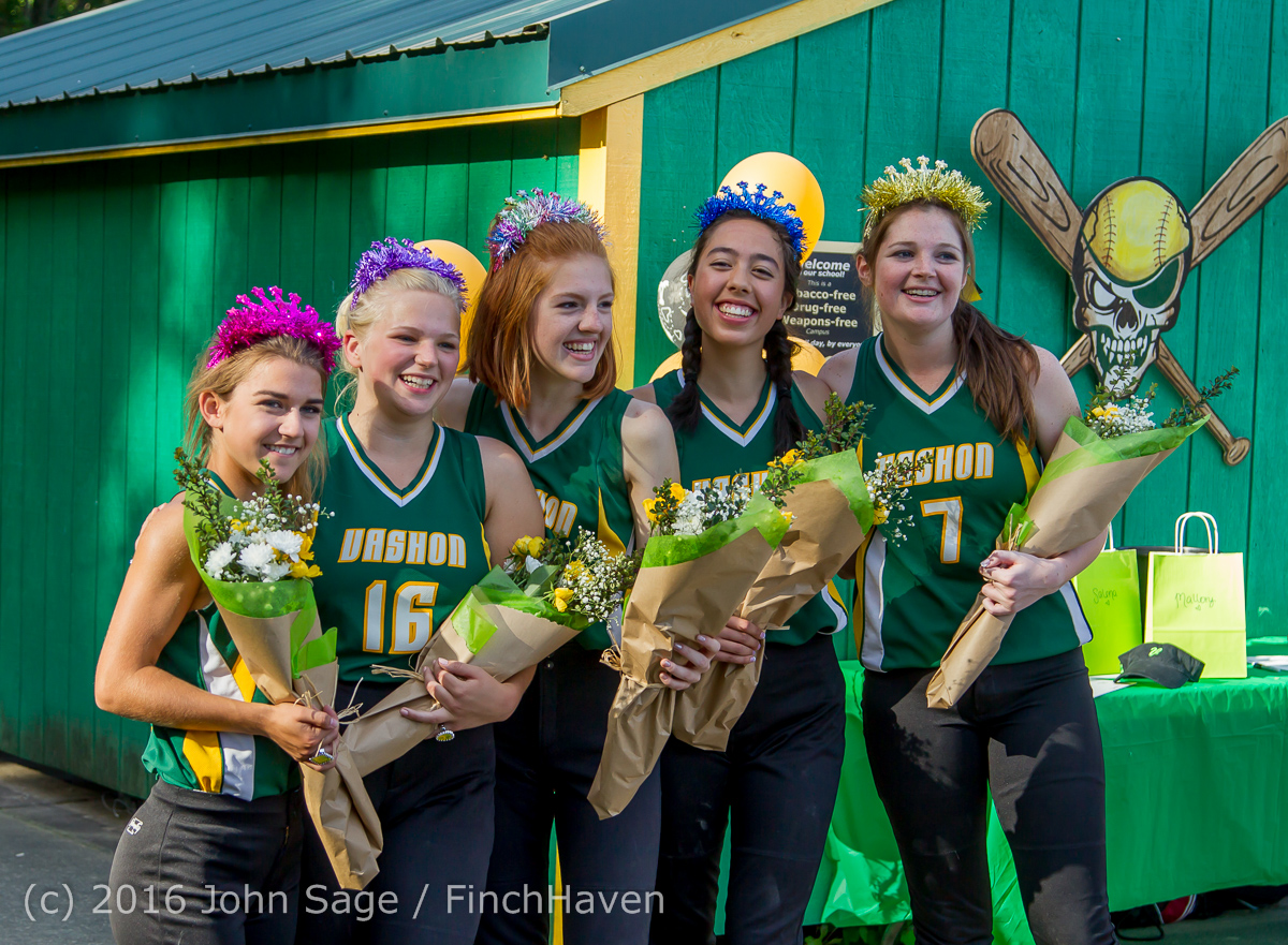 8368_VIHS_Softball_Seniors_Night_2016_051216