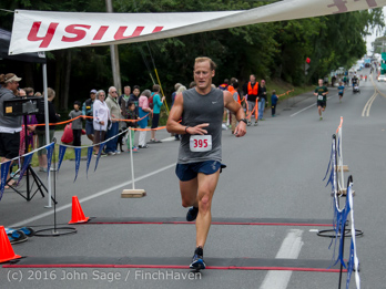 0916_Bill_Burby_5-10K_Vashon_Strawberry_Festival_2016_071616