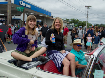 1660_Grand_Parade_Vashon_Strawberry_Festival_2016_071616