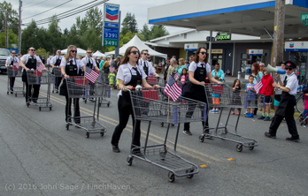2049_Grand_Parade_Vashon_Strawberry_Festival_2016_071616
