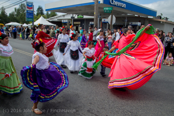 2202_Grand_Parade_Vashon_Strawberry_Festival_2016_071616