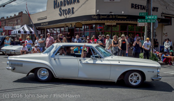 2415_Tom_Stewart_Car_Parade_Vashon_Strawberry_Festival_2016_071716