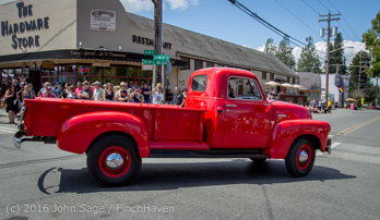 2531_Tom_Stewart_Car_Parade_Vashon_Strawberry_Festival_2016_071716