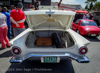 3042_Tom_Stewart_Car_Parade_Vashon_Strawberry_Festival_2016_071716