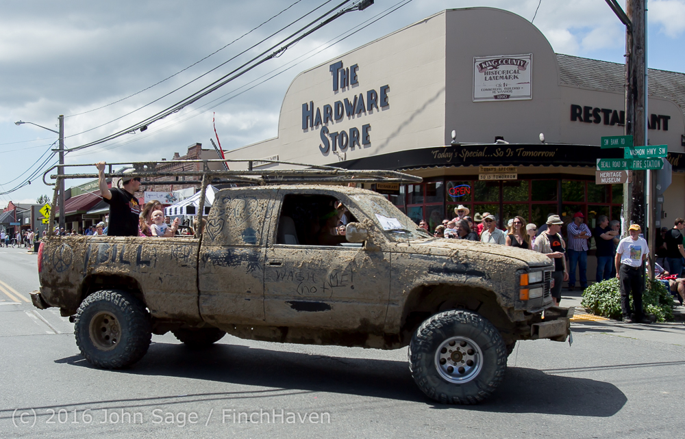 2582_Tom_Stewart_Car_Parade_Vashon_Strawberry_Festival_2016_071716