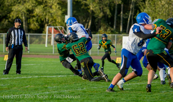 16516_Football_v_Chimacum_101716