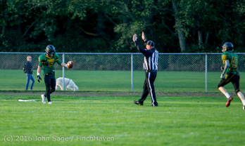 17235_Football_v_Chimacum_101716
