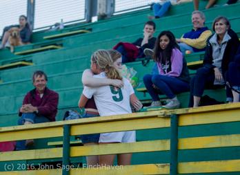 3139_Girls_Soccer_v_Everett_091316