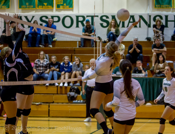 7817_Varsity_Volleyball_v_Chimacum_090616