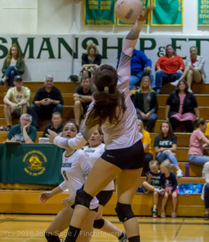 8097_Varsity_Volleyball_v_Chimacum_090616