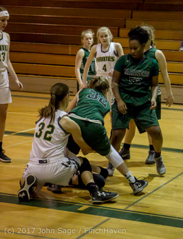 22837_Girls_Varsity_Basketball_v_Chas-Wright_012417