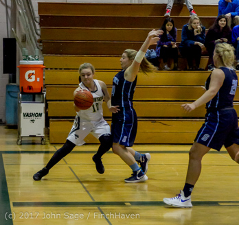2086_Girls_Varsity_Basketball_v_Sultan_122016
