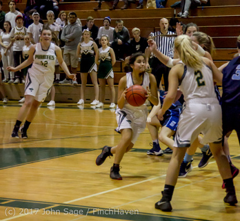 2800_Girls_Varsity_Basketball_v_Sultan_122016