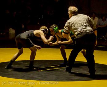 6959_Wrestling_v_Klahowya_011317