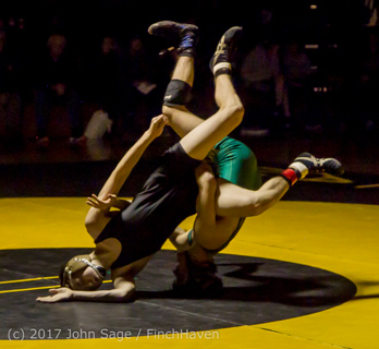 8133_Wrestling_v_Klahowya_011317