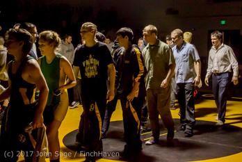 9045_Wrestling_v_Klahowya_011317
