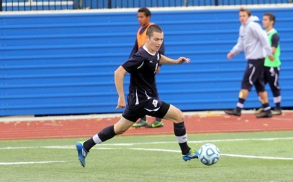Men S Soccer Runs Into Red Hot Case Western Reserve Squad John