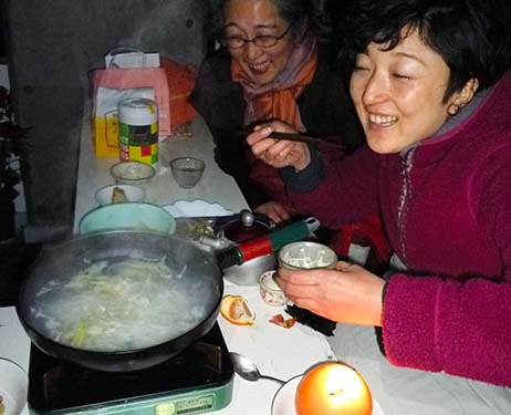Photo exhibition focuses on what people ate after Great East Japan Earthquake