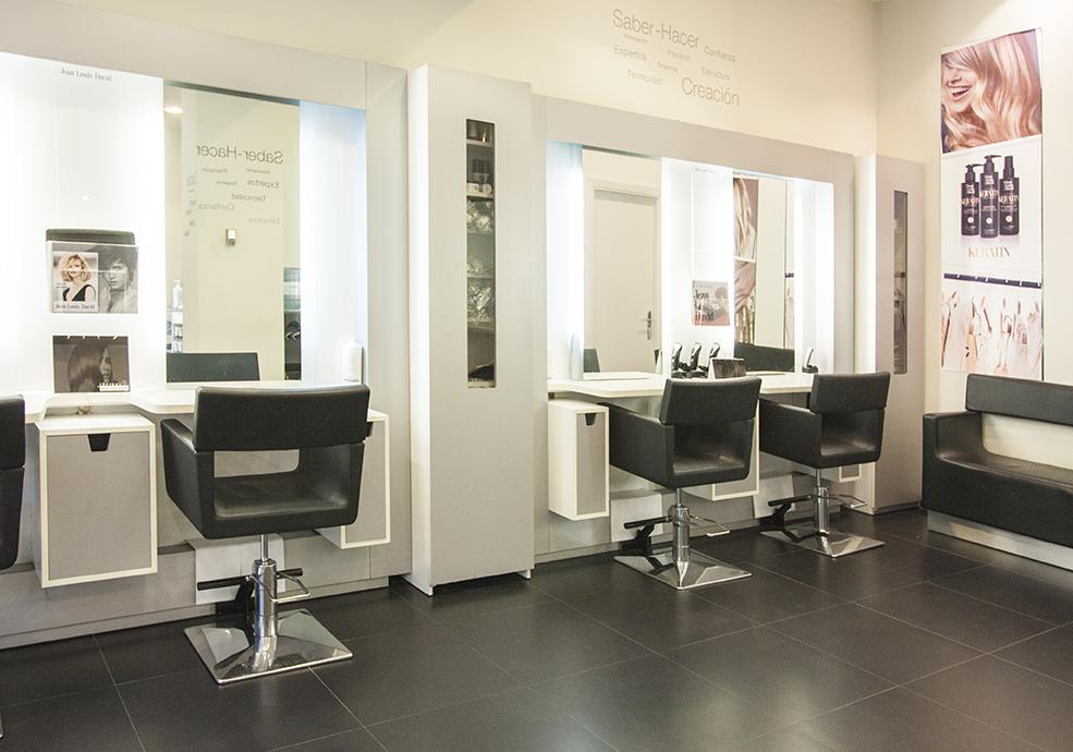 Salones de peluqueria C.C. Urbil