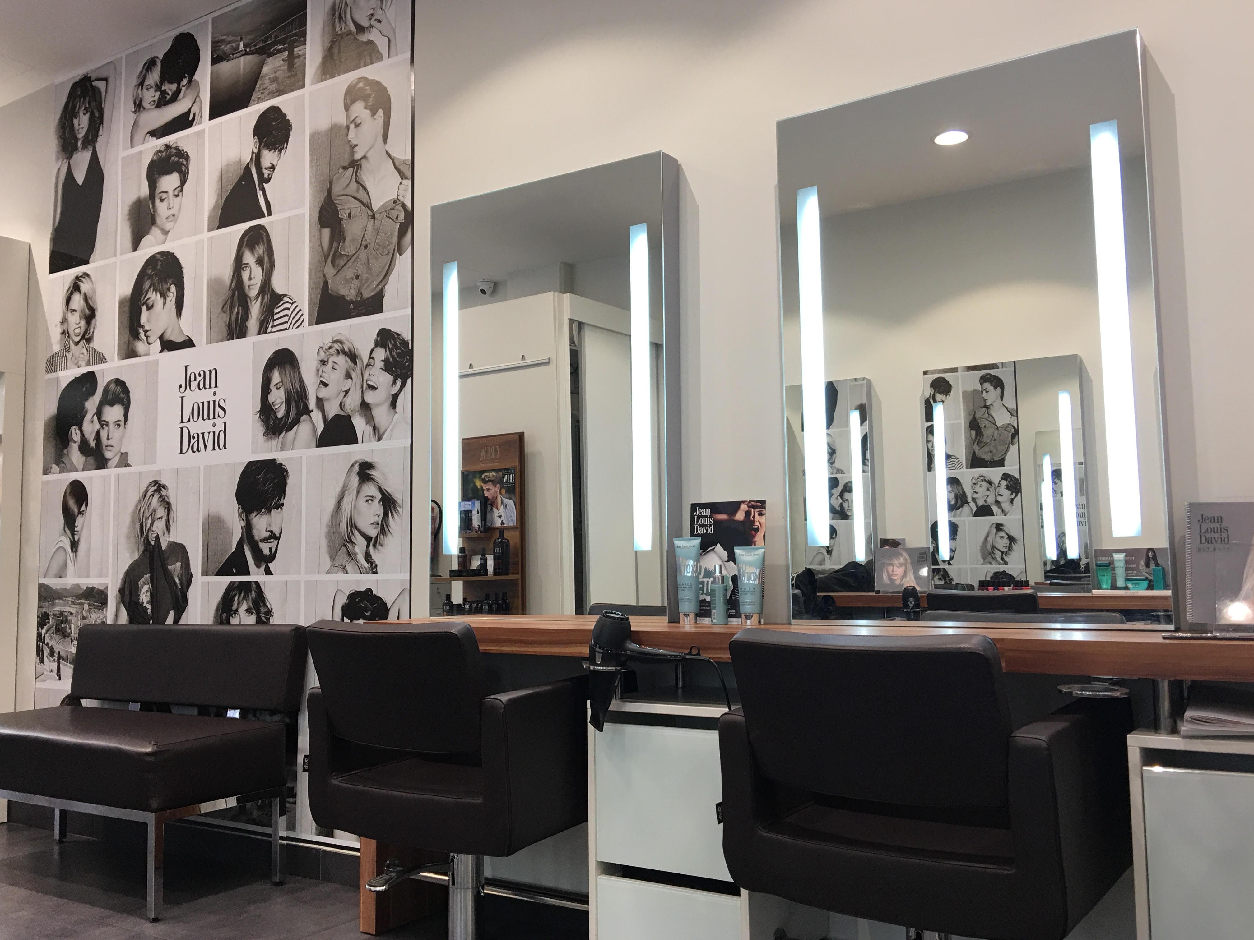 Salones de peluqueria C.C Ocio Espacio Mediterráneo