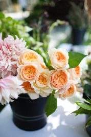 jenni-kayne-rip-and-tan-finch-floral-arrangement-orange2-683x1024