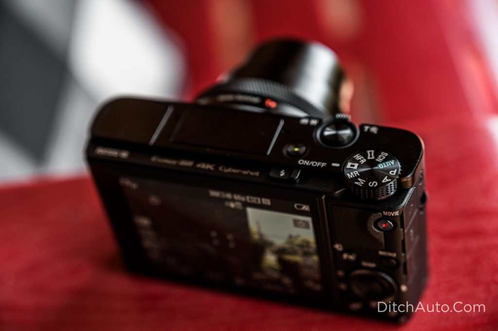 Sony RX100 VII - Turn the mode dial to video mode