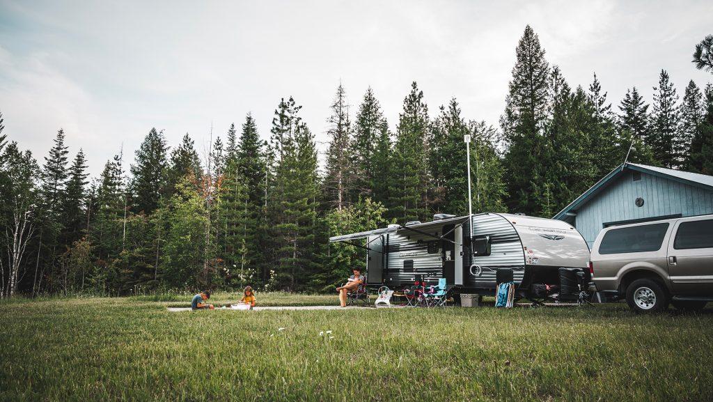Wandering Hills Full Time Travel RV Family