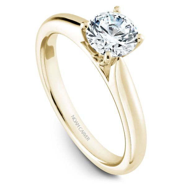 Yellow Gold Engagement Ring With A Round Centerpiece. Image 2  ,