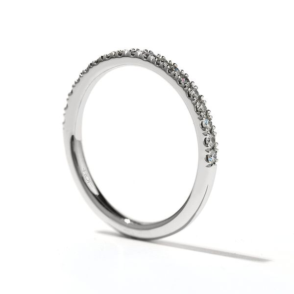 Hearts On Fire Transcend Dream Platinum Diamond Wedding Band Image 2 Bremer Jewelry Peoria, IL