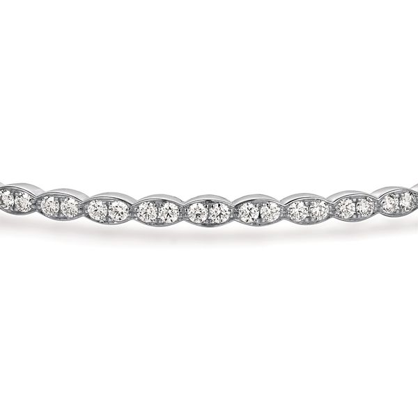 Hearts On Fire Lorelei Floral White Gold Diamond Bracelet Image 2 Bremer Jewelry Peoria, IL