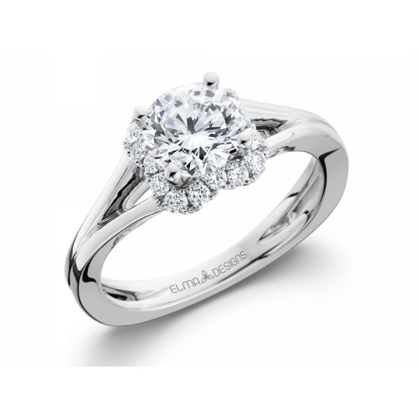 18k white gold engagement ring set with 0.23 carats of diamonds (excluding center stone)