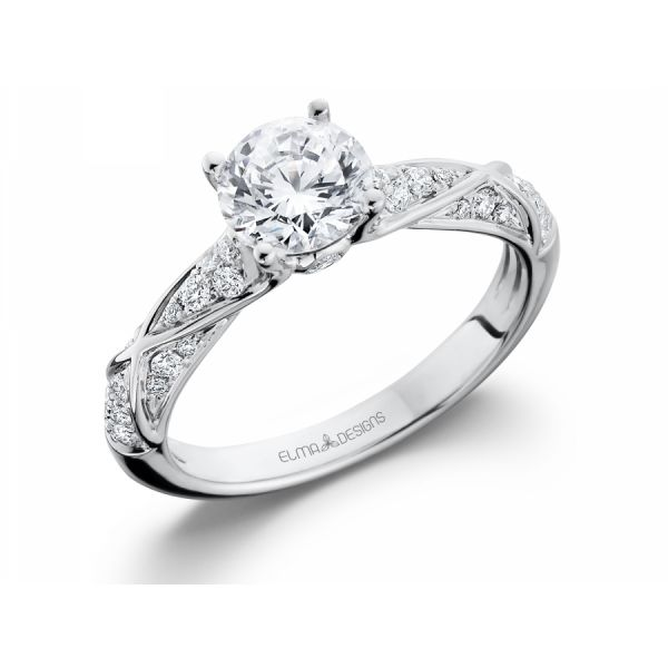 18k white gold engagement ring set with 0.29 carats of diamonds (excluding center stone)