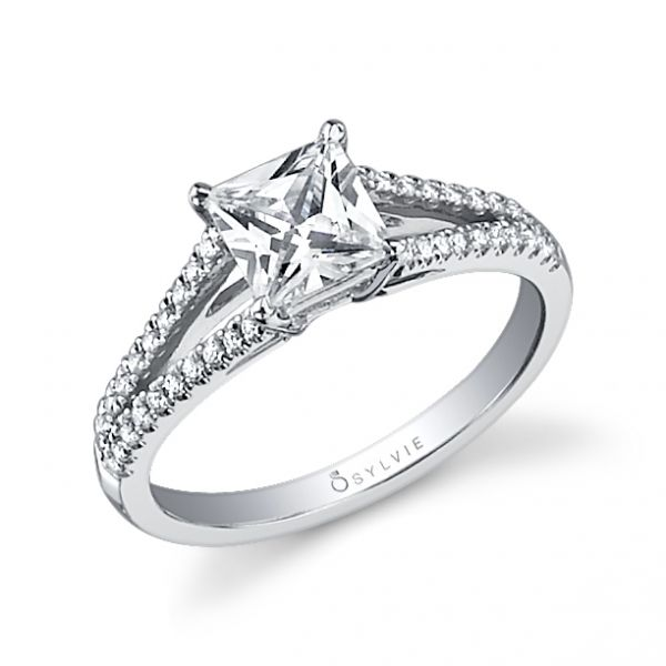 Classic Split-Shank Princess Diamond Engagement Ring Cottage Hill Diamonds Elmhurst, IL