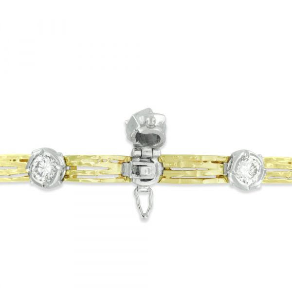 BR104-nature-inspired-diamond-bracelet-in-yellow-and-white-gold-clasp-open