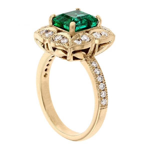 FR113-Antique-emerald-ring- floral-diamond-halo2