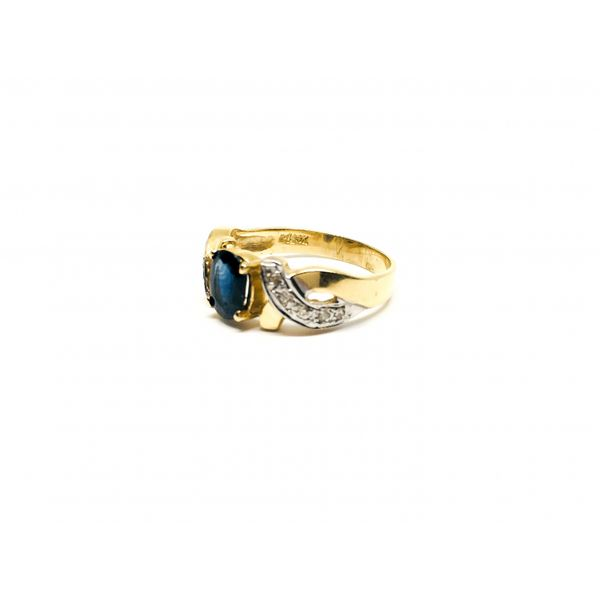 Vintage Sapphire Ring Image 2 Martin Busch Inc. New York, NY