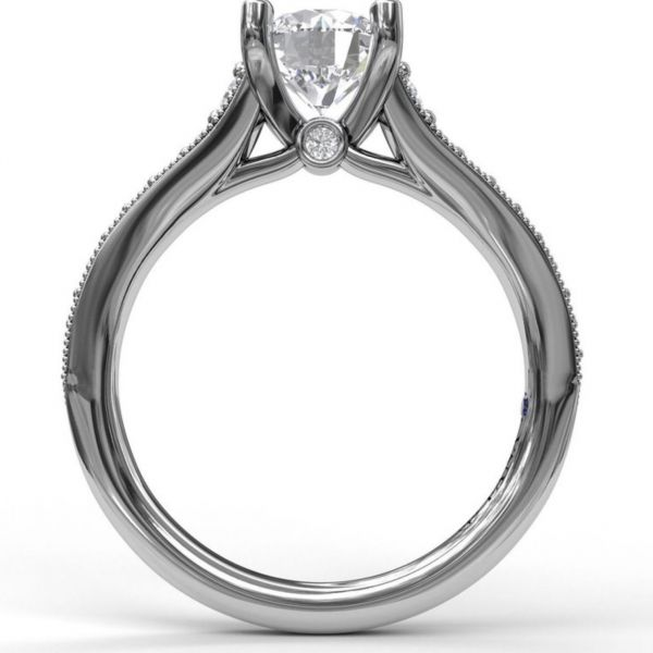 Solitaire with Graduated Diamond Band Image 2 Parris Jewelers Hattiesburg, MS