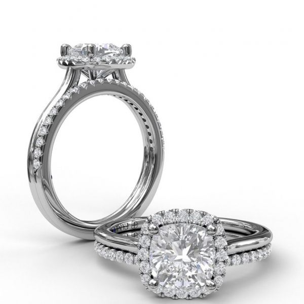 Cushion Cut Halo Engagement Ring Image 4 Parris Jewelers Hattiesburg, MS