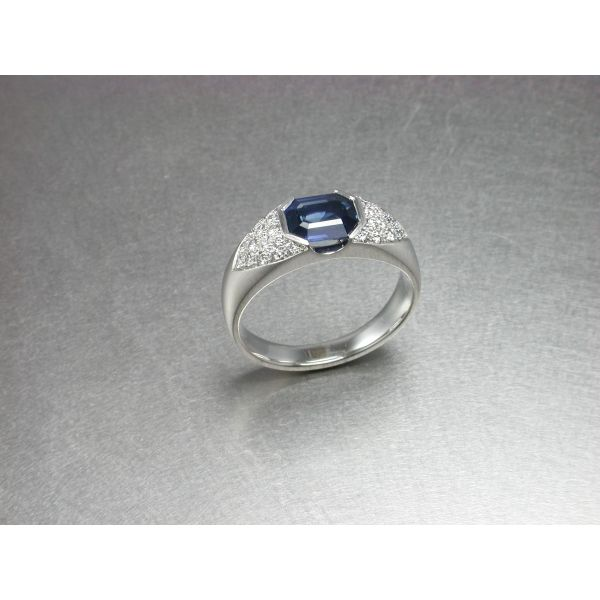Custom Gents Sapphire Ring William Phelps Custom Jeweler Naples, FL