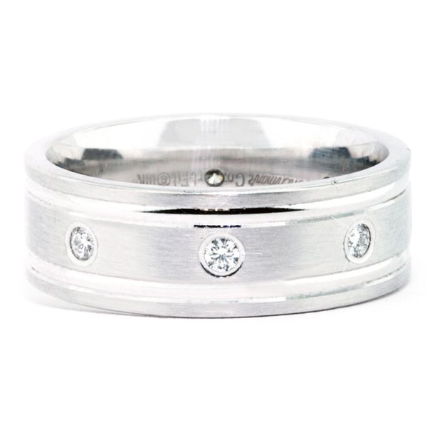 14 karat Diamond Band 8=.32