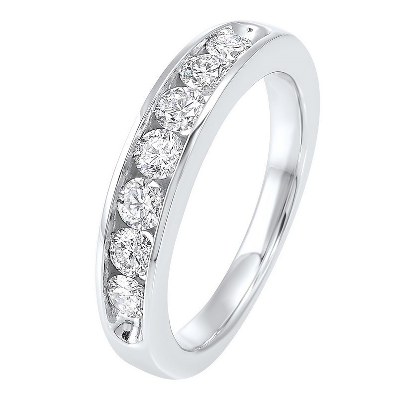 14K White Gold 7 Stone Channel Diamond Band (3/4 Ct. Tw.)