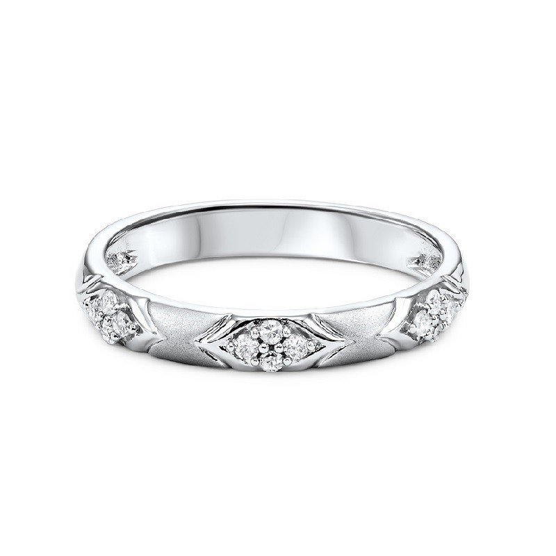 14K White Gold Stackable Prong Diamond Band (1/8 Ct. Tw.)