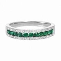 14K White Gold 3 Row Multi Channel Diamond & Emerald Band (1/8 Ct. Tw.)