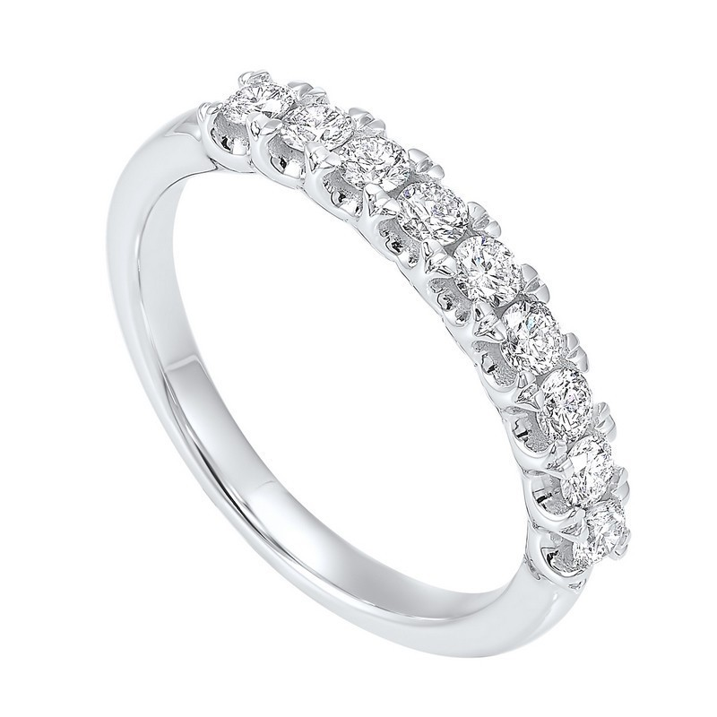 14K White Gold Prong Diamond Band (1/4 Ct. Tw.)